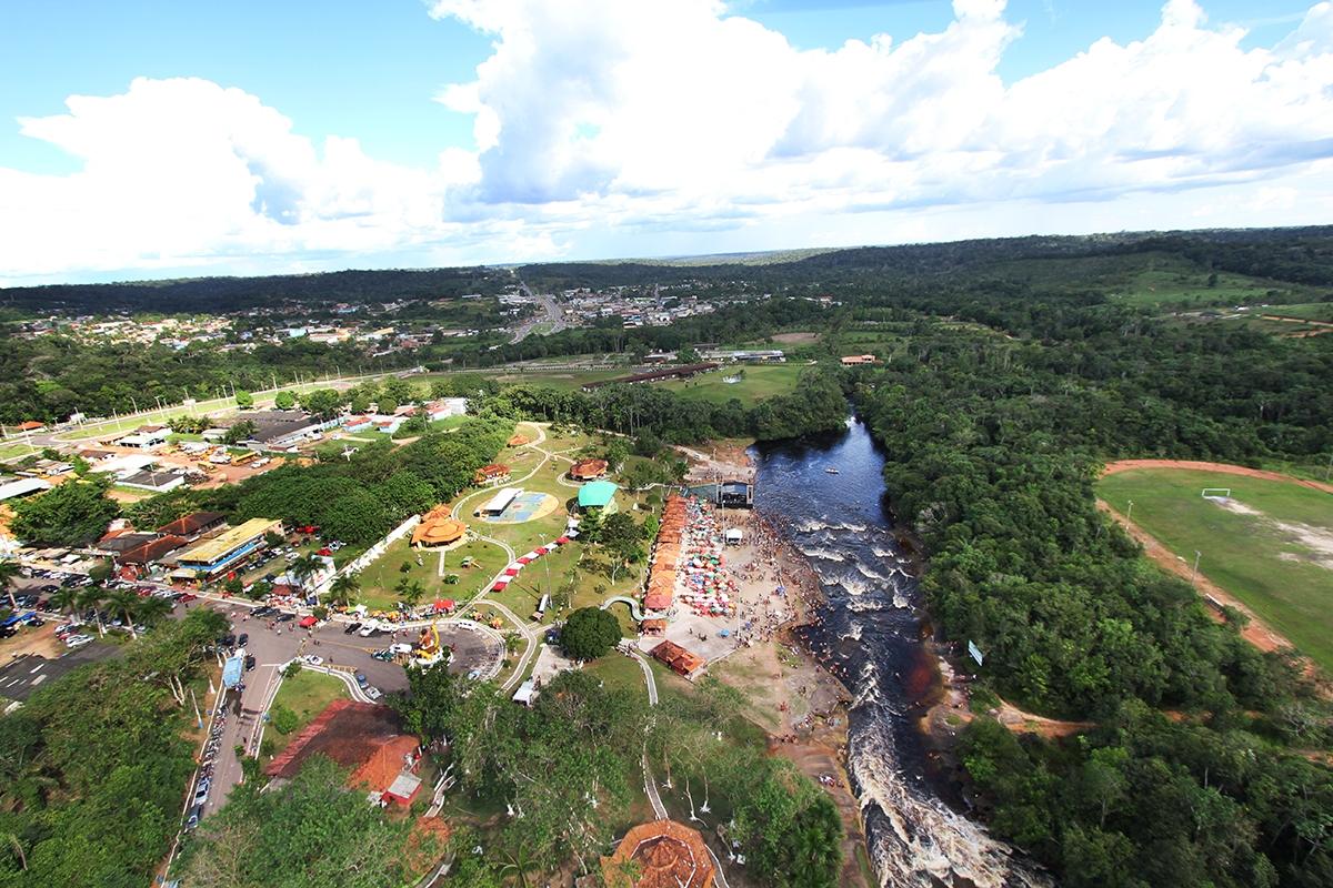 Andr amazonas galeria imagens a reas de presidente for Zona 5 mobilia no club download